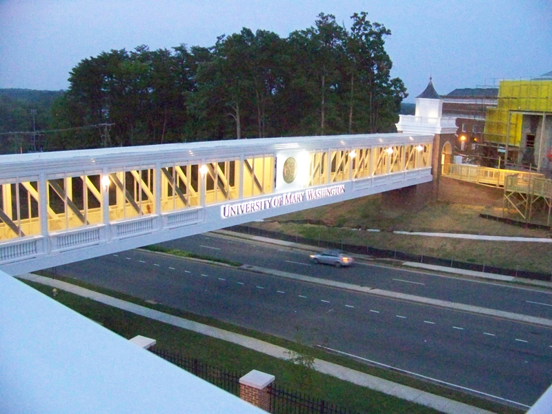 UMW---Eagle-Pedestrian-Bridge2
